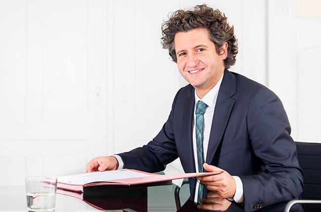 Dr. Clemens Muñoz